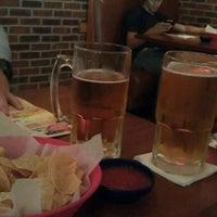 Foto tomada en La Parrilla Mexican Restaurant por Paula E. el 7/27/2012