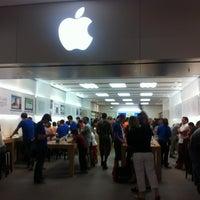 Photo taken at Apple Stoneridge Mall by Mario G. on 6/11/2012