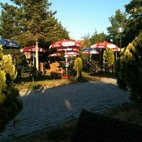 7/16/2012 tarihinde AlperGunes D.ziyaretçi tarafından Türkoloji Cafe & Park'de çekilen fotoğraf