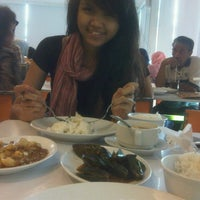 Photo taken at D'cost kelapa gading by Camelia S. on 8/21/2012