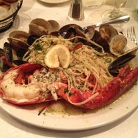 Photo taken at Enza's Italian Restaurant by Derrick O. on 3/11/2012