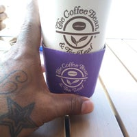 Photo taken at The Coffee Bean & Tea Leaf by Suave x. on 6/1/2012