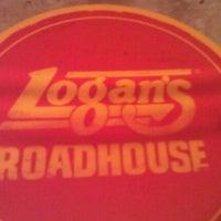 Photo taken at Logan's Roadhouse by Gloria R. on 5/25/2012