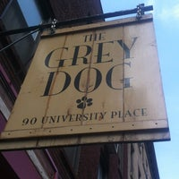 Foto tirada no(a) The Grey Dog - Union Square por Frank R. em 4/18/2012