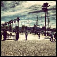 4/21/2012 tarihinde Lucasziyaretçi tarafından Muelle Uno'de çekilen fotoğraf
