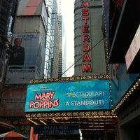 7/1/2012 tarihinde Tadasauceziyaretçi tarafından New Amsterdam Theater'de çekilen fotoğraf