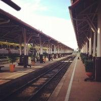 Photo taken at สถานีรถไฟขอนแก่น (Khon Kaen) SRT2163 by Aunn R. on 7/10/2012