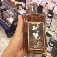 9/18/2011에 Takeshi Y.님이 信濃屋 代田ワイン館에서 찍은 사진