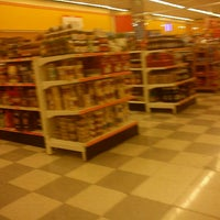 Photo taken at Comercial Mexicana by Herbert G. on 11/22/2011
