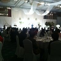 Photo taken at Walkerhill Hotel 무궁화홀 by Chung J. on 3/24/2012
