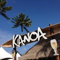 Foto tirada no(a) Kanoa Beach Bar por Ana E. em 8/13/2012