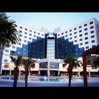 6/22/2012 tarihinde Douglas C.ziyaretçi tarafından Kolin Hotel'de çekilen fotoğraf