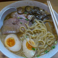 Photo taken at みの麺多 by もちきみ on 11/30/2011