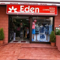 Photo taken at Modas Eden by Javier D. on 7/29/2011