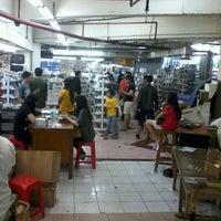 Photo taken at Plaza Pinangsia by Agus W. on 5/12/2012