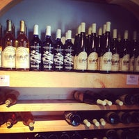 Photo taken at Warwick Valley Winery & Distillery by Miss N. on 8/18/2012