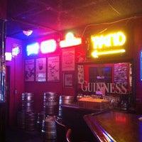 Foto tomada en McElroy's Pub por Meredith H. el 11/21/2011
