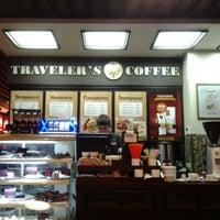 Photo prise au Traveler's Coffee par Dimka le9/13/2012