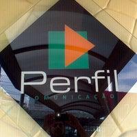 Photo taken at Perfil Comunicação (Toca Do Mago) by Ademir L. on 9/29/2011