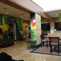 Foto diambil di The Tiara Hotel & Convention Center oleh Benny R. pada 8/13/2012
