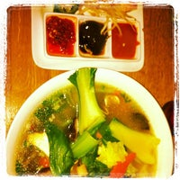 Photo taken at Cha Pa's Noodles and Grill by Lilibeth on 7/6/2012