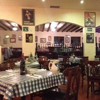 Photo taken at Italianni's Pasta, Pizza & Vino by CYNTHIA M. on 7/25/2012