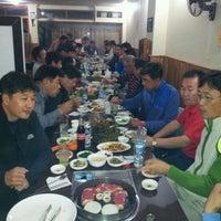 Photo taken at Yang Won Restaurnat (장원) by David L. on 4/25/2012
