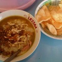 Photo taken at Bubur Ayam Jakarta by Tasha S. on 12/8/2011