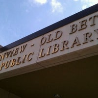 Photo taken at Plainview-Old Bethpage Public Library by Mike G. on 9/30/2011
