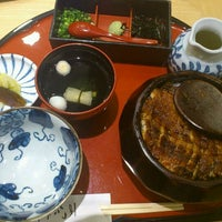 3/16/2012にKohei S.があつた蓬莱軒 松坂屋店で撮った写真