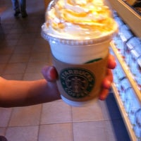 Photo taken at Starbucks by Jerzy P. on 7/22/2011
