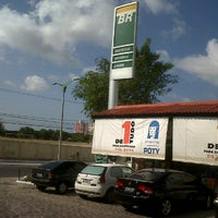 Photo taken at Posto dos Bambus by André Lucas on 12/10/2011