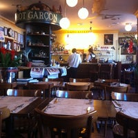 Photo taken at Bistrot Garçon by Marco M. on 6/7/2011