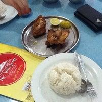 Photo taken at Ayam Goreng Kalasan Ny. Wilujeng by ana l. on 5/18/2012