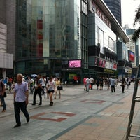 Photo taken at Huaqiang Electronics Market by Alim on 5/19/2012