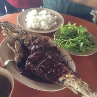 Photo taken at Restoran Pantai by MFJ F. on 4/19/2012