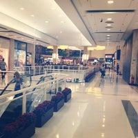 Foto tirada no(a) Shopping Jardim Sul por Giovanni G. em 6/5/2012
