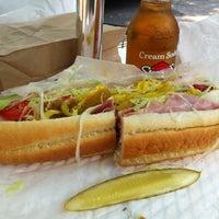 Das Foto wurde bei Koch's Deli von Daniel am 8/17/2012 aufgenommen