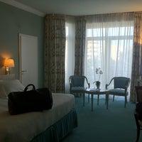 Photo taken at Grand Hyatt Cannes Hôtel Martinez by Carole on 6/12/2011