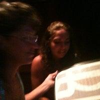 รูปภาพถ่ายที่ Reilley's Grill & Bar โดย Neil M. เมื่อ 8/13/2011