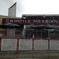 Photo taken at Chipotle Mexican Grill by Bernice Y. on 3/8/2012