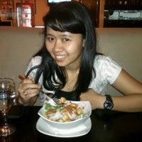 Photo taken at Encore Pizza by Putri I. on 1/31/2012