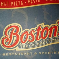 Photo taken at Boston's Restaurant & Sports Bar by Jason R. on 8/13/2012