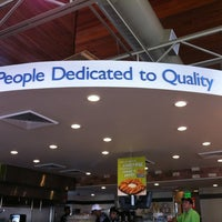 Photo taken at PDQ Tenders Salads & Sandwiches by 💢💢Mayor Ry🍎ner💢💢 on 6/14/2012