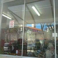 Photo taken at Confeitaria Casa do Coco Bomfati by Fernanda R. on 9/1/2011