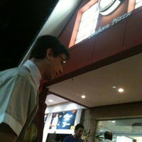 Photo taken at Senhora Pizza by Marcel R. on 9/19/2011