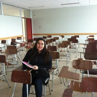 Photo taken at Facultad De Ingenieria - UMAG by Cynthia on 8/22/2012