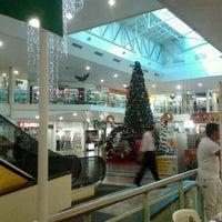 Foto tirada no(a) Center Um Shopping por Nilton T. em 12/9/2011