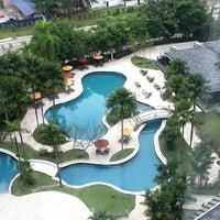 Photo taken at Thistle Hotel Johor Bahru by Ernest T. on 9/27/2011