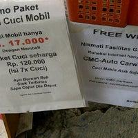 Photo taken at CMC - Cuci Mobil Cepat - ( UKI ) by Sangapan S. on 9/17/2011
